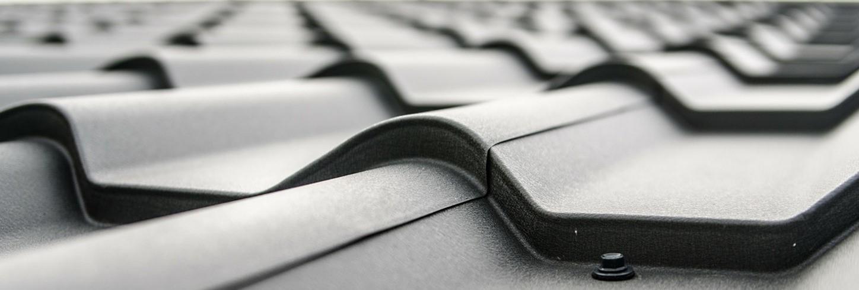 Fachgerechtes Eindecken von Dächern aller Größen